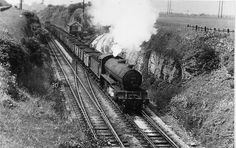 GCR Kirkby South Junction, Kirkby-in-Ashfield. Up coal train coming off MS&L route? Steam Railway, British Rail, Steam Engine, Steam Locomotive, Euro, Ms, Travel, Historia, Viajes
