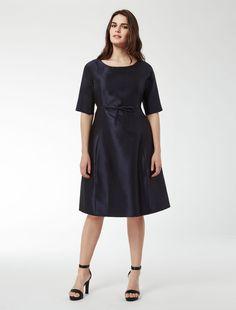 Mi chiamano Mimì...  Marina Rinaldi. DINASTIA blu: Abito in lana e seta.