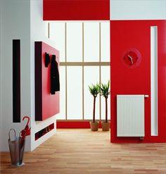 Standard radiator in interesting hall / Standardowy grzejnik w ciekawym przedpokoju