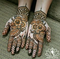 Henna is the most traditional part of weddings throughout India. Let us go through the best henna designs for your hands and feet! Cool Henna Designs, Wedding Mehndi Designs, Best Mehndi Designs, Arabic Mehndi Designs, Mehndi Designs For Hands, Henna Tattoo Designs, Mehandi Designs, Choli Designs, Mehendi