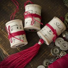Diy christmas ornaments 379217231121266931 - Spools and Corks Christmas Ornaments – Stampington & Company Source by joannbnorton Christmas Ornament Crafts, Noel Christmas, Christmas Music, Christmas Projects, Handmade Christmas, Holiday Crafts, Musical Christmas Decorations, Christmas Ideas, Wooden Spool Crafts