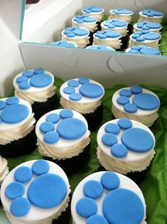 Blue's Clues  Inspired Fondant Cupcake Toppers by BeliciasCupcakes, $18.00