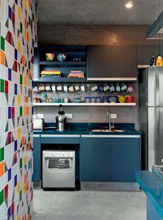 Beau bleu pour les meubles de cuisine