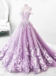 Buy Ball Gown Off the Shoulder V Neck Tulle Lavender Beads Prom Dresses, Quinceanera Dresses online.Shop short long ombre prom, homecoming, bridesmaid evening dresses at Couture Candy Cocktail party dresses, formal ball gowns in ombre colors. Ball Gowns Evening, Ball Gowns Prom, Ball Dresses, Evening Dresses, Formal Dresses, Ball Gowns Fantasy, 15 Dresses, Dresses Online, Elegant Ball Gowns