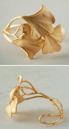Wonderful Black Gold Jewelry For Beautiful Pieces Ideas. Breathtaking Black Gold Jewelry For Beautiful Pieces Ideas. Modern Jewelry, Jewelry Art, Jewelery, Jewelry Bracelets, Jewelry Accessories, Fashion Accessories, Fine Jewelry, Fashion Jewelry, Jewelry Making