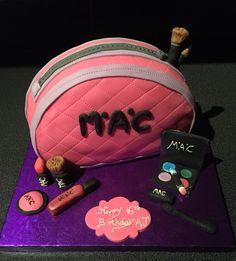 MAC make up cake