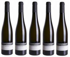 Botritický Aurélius od vinára Zsolt Sütő z vinárstva Strekov 1075 nájdete aj v našej ponuke. Ochutnajte mimoriadne vína zo Strekova u nás v predajni alebo www.vinopredaj.sk  #strekov #strekov1075 #szoltsuto #autentisti #autentista #aurelius #vino #wine #wein #inmedio #vinoteka #mimoriadne #wineshop #pijemevino #milujemevino #vinomilci #winelovers #winelover #botrytis #juzneslovensko #slovensko #slovakia #slovak #slovawien #discover #objav