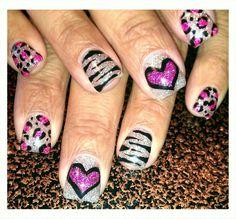 Light Elegance gel: Diamond glitter gel with hot pink glitter and black gel nail art