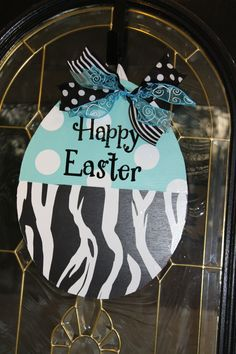 Cute Easter wreaths via Classy but Sassy Gifts.