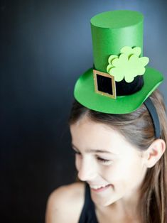 Learn how to make this paper leprechaun hat + more ideas for DIY St. Patrick's Day recipes, crafts and decor. >> http://www.diynetwork.com/made-and-remade/learn-it/shamrockin--ideas-for-st--patrick-s-day?soc=pinterest