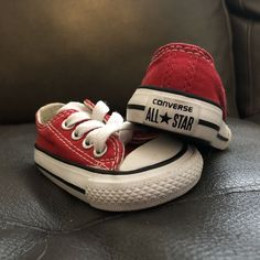 c4122945fb3efe Converse Red Sneakers Infant Toddler Shoes Size 2 Boy Girl Unisex  fashion   clothing