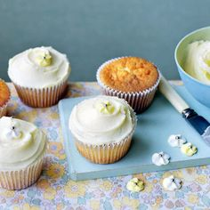 Elderflower cupcakes - definitely baking these for the Jubilee weekend!