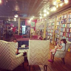 The perfect bookstore in Saugerties. Books, comfy couches, and a cute coffee shop. (at Muddy Cup Cafe & Inquiring Minds Bookstore)