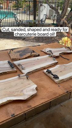 Diy Wooden Projects, Reclaimed Wood Projects, Diy Furniture Plans Wood Projects, Wooden Diy, Simple Wood Projects, Diy Wood Crafts, Welded Metal Projects, Wood Projects That Sell, Rustic Crafts