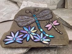 Mosaic Garden Art, Mosaic Tile Art, Mosaic Crafts, Mosaic Projects, Mosaic Ideas, Mosaic Rocks, Mosaic Stepping Stones, Stone Mosaic, Mosaic Glass