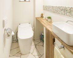 トイレのレイアウト実例を紹介。真似したいアイデア例をまとめてみた | iemo[イエモ]                                                                                                                                                                                 もっと見る