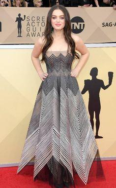Odeya Rush from 2018 SAG Awards Red Carpet Fashion  In Dior