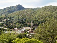 Hike the Foothills of Pirenopolis, Brazil http://hostelblog.hostelrocket.com/foothills-of-pirenopolis-brazil/?utm_content=buffere28b5&utm_medium=social&utm_source=pinterest.com&utm_campaign=buffer  #pirenopolis #brazil #budget #travel #explore #trip