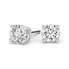 Solitaire Moissanite Stud Earrings for Women  #studearrings #solitaireearring #14kgoldjewelry #hkjweddingring #whitegoldearrings #weddinggift #studforwomen #studjewelry #stud #giftforher
