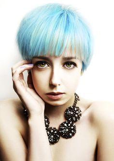 www.estetica.it   Hair: Nina Krajco @ Bomton Studio Make up: Adriana Bartošová Styling: Milena Zhuravlova Photo: John Rawson