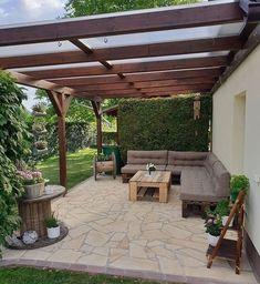 Small Backyard Decks, Backyard Covered Patios, Covered Patio Design, Small Patio Design, Terrace Design, Backyard Patio Designs, Backyard Landscaping, Small Covered Patio, Outdoor Pergola