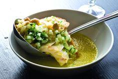 Sopa seca de Bacalhau da Noruega com grão-de-bico, vagem e hortelã