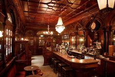 Irish Pub Victorian style-Beautiful high ornate ceilings