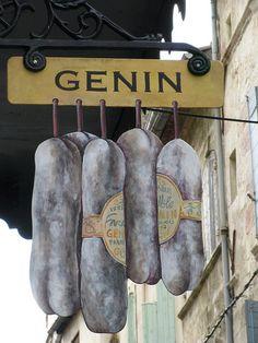 Le Saucisson d'Arles. |