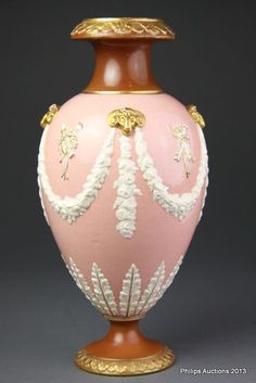 A Wedgwood Victoria Ware vase, circa 1880, the oviform body in… - Wedgwood - Ceramics - Carter's Price Guide to Antiques and Collectables