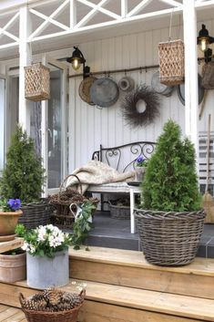 Vintage Farmhouse Porch Decorating Ideas - Page 46 of 57