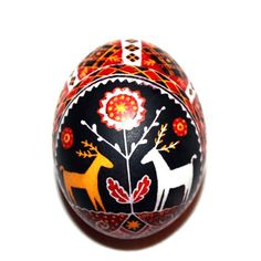 Great example of wedding pysanka. Love, prosperity, connection with ancestors and wish for the healthy new generation. Protection band and future harvest