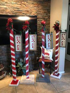 102 diy outdoor christmas decor on a budget 80 Outside Christmas Decorations, Christmas Wood Crafts, Noel Christmas, Christmas Signs, Christmas Projects, Holiday Crafts, Christmas Tables, Modern Christmas, Scandinavian Christmas