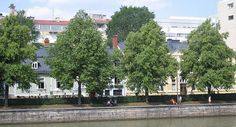 Turku, riverside, boutiques, restaurants and the house of writers