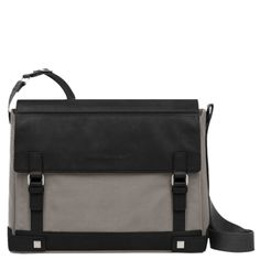 Black flap-over computer messenger with padded ipad® compartment - Piquadro Boheme collection | Online shop