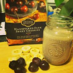 """This awesome Tart Cherry Recovery Smoothie is just the perfect """"pick me up! Sports Nutrition, Nutrition Tips, Tart Cherry Juice, Post Workout Smoothie, Cherry Recipes, Sweet Cherries, Real Food Recipes, Recovery, Smoothies"""