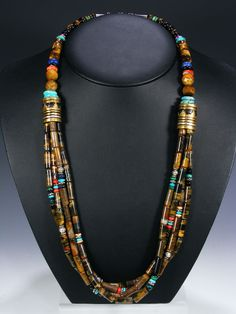 Tommy Singer bead necklace