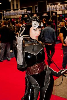 Steampunk Catowman. View more EPIC cosplay at http://pinterest.com/SuburbanFandom/cosplay/