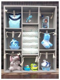 Gevulde Letterbak met baby artikelen voor jongetje, Kraamkado zoon, baby shower gift boy. Leuk voor in de babykamer! Info: https://joleenskraamcadeaus.wix.com/kraamcadeau#!product/prd1/2924766311/gevulde-letterbak