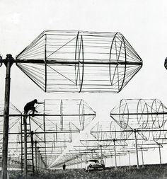 Kharkov radio telescope field for receiving radio emissions from space. In: CPCP - Братерство. Мистецтво, Київ, 1972.