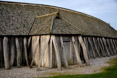 This viking house reconstruction at the Fyrkat Viking Fortress in Hobro, Denmark, is a typical viking house design.