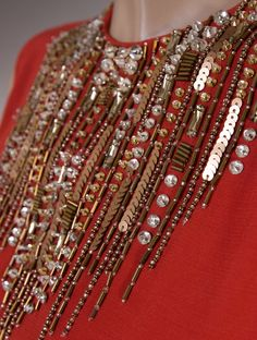 Find out New Look's assortment of women's tops, such as away from the shoulder blade and fasten fashion garments, to creep topsand moving out patterns. Zardozi Embroidery, Embroidery On Kurtis, Pearl Embroidery, Kurti Embroidery Design, Couture Embroidery, Bead Embroidery Jewelry, Embroidery Fashion, Embroidery Fabric, Bead Embroidery Tutorial