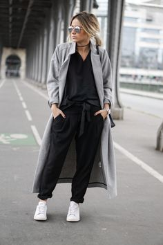 long grey coat / sneakers