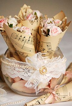 Weddbook - Vintage wedding flower accesorizes
