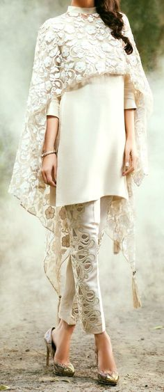 Best Ideas For Moda Fashion Dresses White Lace Asian Fashion, Hijab Fashion, Fashion Dresses, Formal Fashion, Fashion Clothes, Trendy Fashion, Indian Attire, Indian Wear, Indian Style