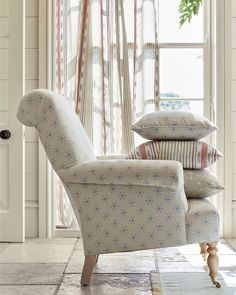 Browse the range of chairs in our furniture section. Traditional armchairs, tub chairs, calmsden and sapperton all upholstered with inspiring fabrics. Traditional Chairs, Traditional Furniture, Interior Accessories, Interior Styling, Wooden Armchair, Reupholster Furniture, Upholstered Chairs, Soft Furnishings, Home Furniture