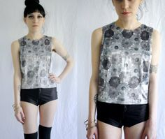 90's Daisy Floral Stretch Tank Top Shirt by peachstreetvintage, $30.00