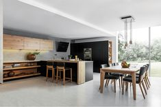 Najnovší kuchynský trend? Kuchynské linky bez horných skriniek! | Môjdom.sk Beautiful Kitchens, Cool Kitchens, Küchen Design, House Design, Design Ideas, Interior Design, 2019 Kitchen Trends, Ideas 2017, Kitchen New York