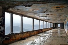 Galerie mit Alpenpanorama:  Ein Aufenthalt im Deutschen Haus im Tessin versprach beste Aussichten - zumindest landschaftlich. Eine Heilung war den Lungenpatienten indes nicht garantiert.