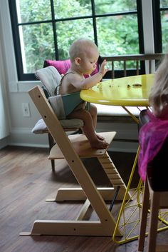 FEEDING BABY FROM 6 TO 9 MONTHS | featuring Stokke Tripp Trapp