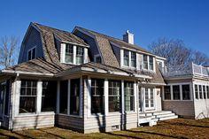 Gambrel Cottage: Exterior - Gail Hallock Architect